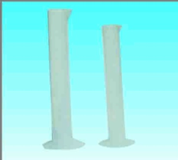 Plastic gradulated cylinder